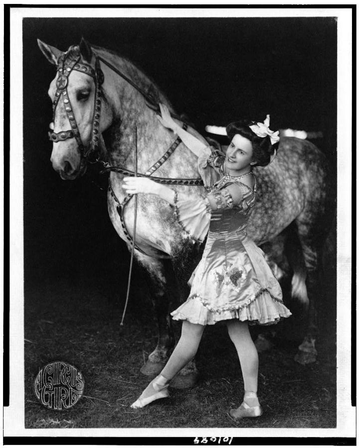 3c01089v a circus girl 1908